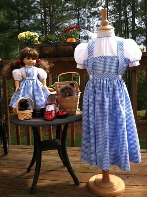 Dorothy Halloween costumes