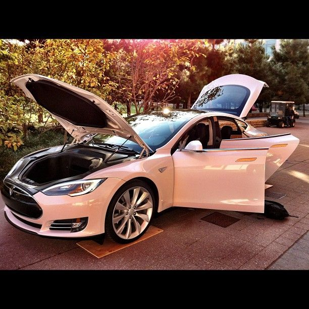 Discover Ideas About Tesla Roadster Pinterestcom: 25+ Best Ideas About Hybrids And Electric Cars On
