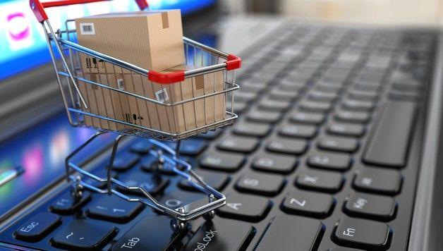 E -commerce: un risparmio fino al 70% http://www.stilefemminile.it/e-commerce-gli-italiani-comprano-on-line/