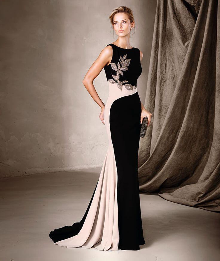 Maravilloso vestido largo de escote barco y estilo sirena