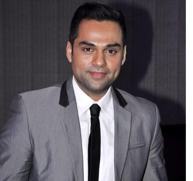 Actor Abhay Deol slams Mumbai Police!