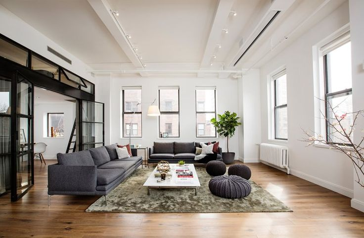 Set on a wing of what was once a small hospital and already converted to an apartment in the 1980s, The East Village #Loft has been renovated by Shadow Architects who reconfigured the previous layout #opensapce