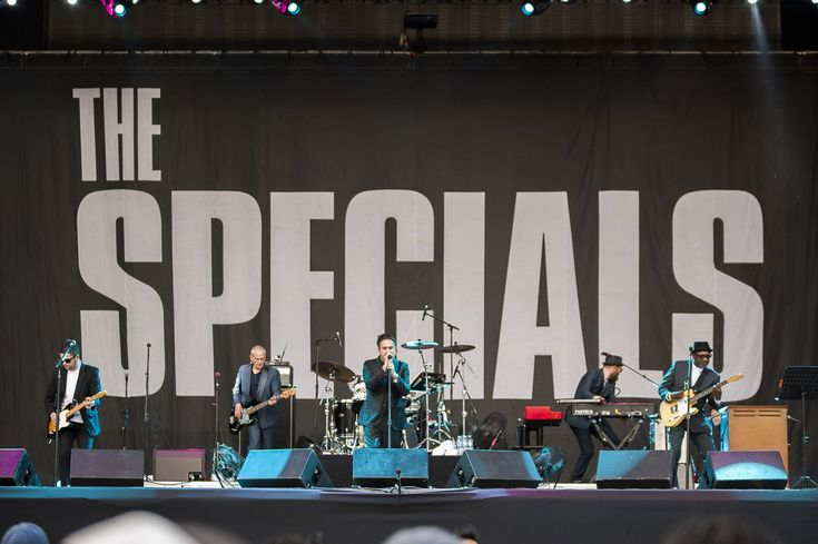 México, are you ready for dancing? The Specials en el Vive Latino