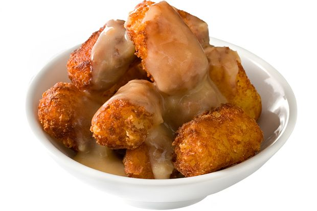 Cheesy Potato Tots and Gravy #CHOWBBQ