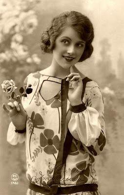 .Clothing 1920S, Beautiful Woman, Bad Women, Vintage 1920S, 1920 S Fashion, Roaring 20S, 1920S Fashion Women, C 1920S, Sweets Beautiful