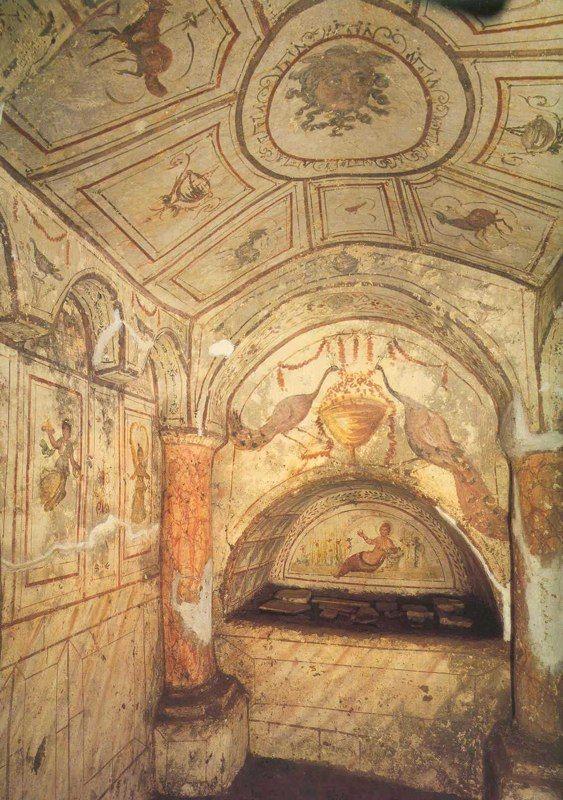 Ejemplo de Arcosolio romano en el cubículo de Tellus, hipogeo de la Vía Dino Compagni, en Roma.