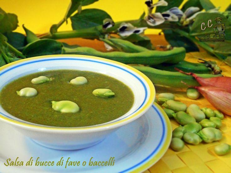 Salsa di bucce di fave o baccelli una ricetta semplice e veloce da preparare ottima da servire con uova pesce verdure ideale per un buffet e per vegani
