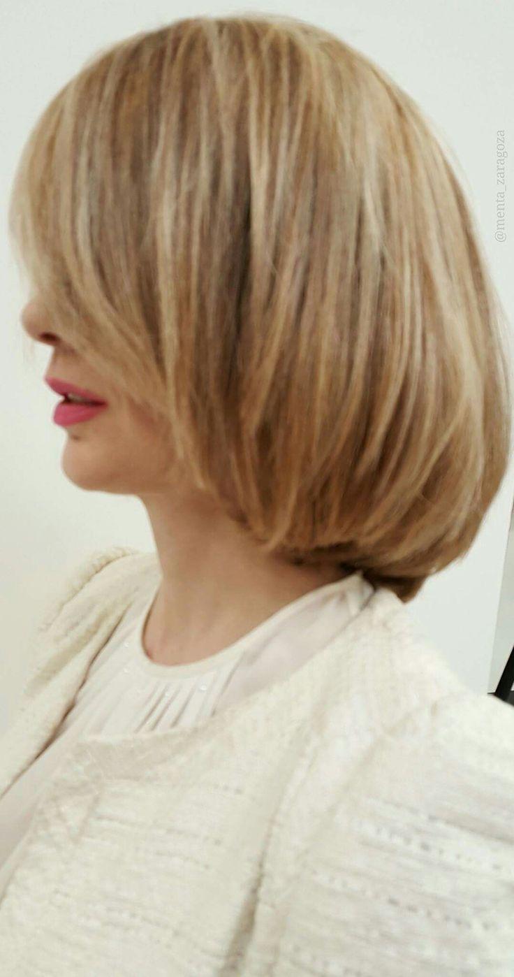 CARMEN FONT siempre perfecta en el cuidado de su imagen y su estética. 💇💘👠 Perfecta combinación de tonos para CHICAS RUBIAS & HAIR CUT 😉 ideal!! #blond #blonding #secretosdecoloristas #lorealprospain #zaragoza #timeglam #fashion