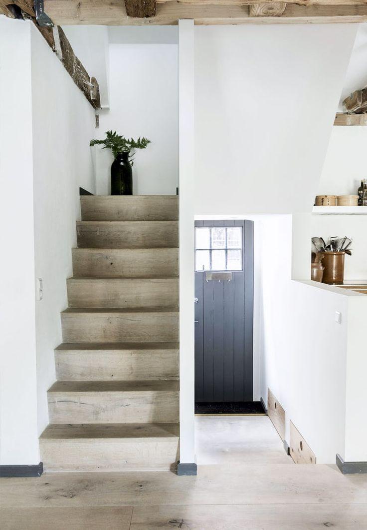 Trappe lavet af Dinesen-planker