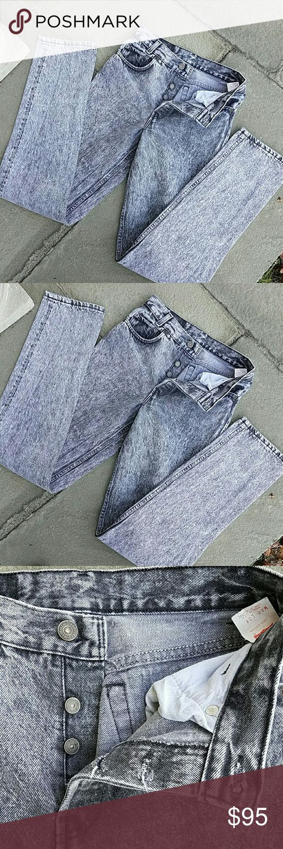 """Levi's 701 501 vintage  acid wash jeans 100 % cotton , made in the USA,  10.5 """" rise, 25"""" waist, 33 """" inseam, labeled27x34 but measure smaller at 25x33 from shrinkage,  grey and white acid washed, rare pair of vintage jeans Levi's Jeans"""