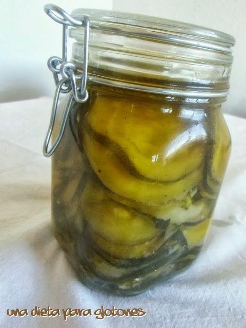 Conservas caseras: Calabacín a la plancha en aceite.