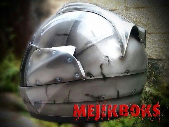 Tin helmet 4