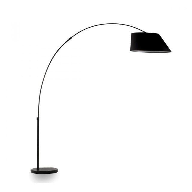 Lampadaire design Arc_ DRAWER : prix, avis & notation, livraison. Lampadaire design Arc Le lampadaire design Arc illumine une déco tendance par le design original de son abat-jour asymétrique et de sa forme fuselée. C'est surtout un parfait luminaire de salon , un éclairage de chambre ou une lampe de bureau élégante. La base ainsi que toute la structure de cette lampe d'ambiance sont en acier, tandis que l'abat-jour est en tissu (polyester). Abat-jour dim. 60x25 (Diam. x Hauteur) Base dim…