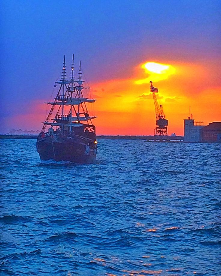 """⛵️❤️ SUNSET ❤️⛵️  Thessaloniki - Greece """