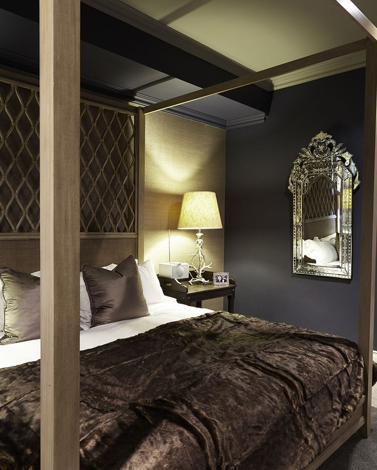 Gentlemen | Bedroom | Four poster bed | Throw | Navy | Apartment | Interior design | Etienne Hanekom Interiors