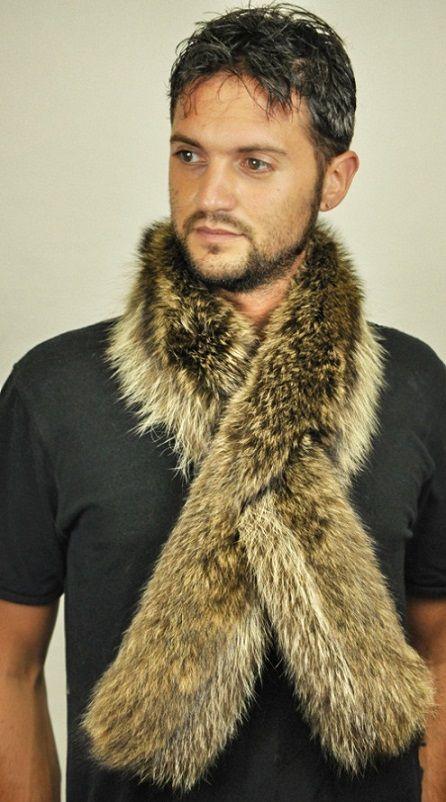 Sciarpa in vera pelliccia di procione per uomo  www.amifur.it