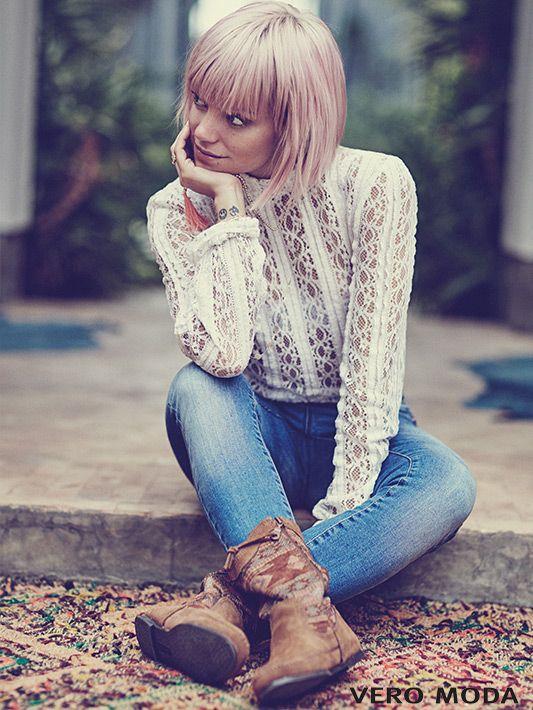 Spitze – weiblich, verführerisch und cool zu Jeans #VeroModa