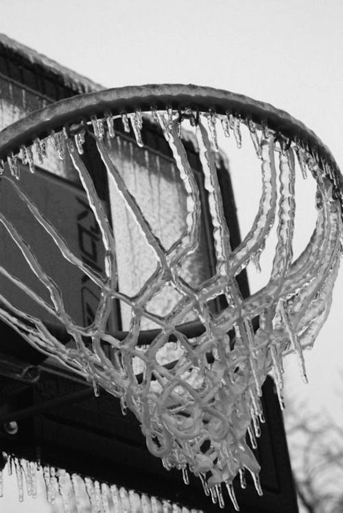 Frozen basketball  #frobas haha, ok not funny!
