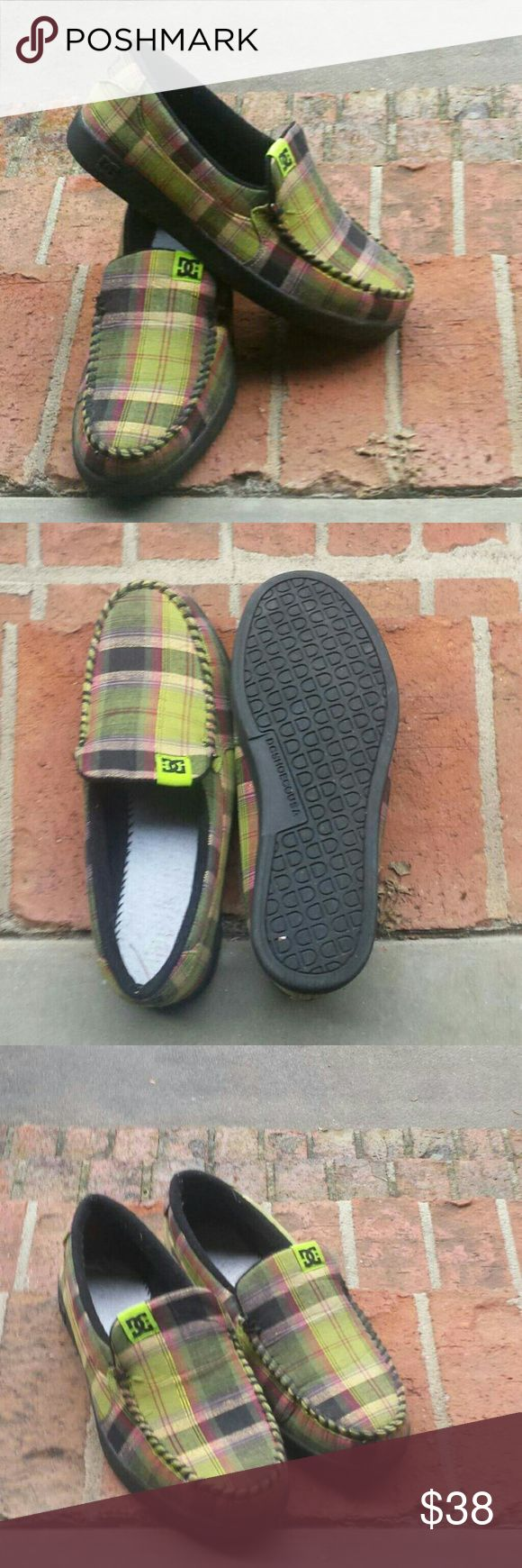 New DC Shoes Womens plaid DC shoes size 8 - My sister wore them to the mailbox & back, they haven't been worn since! Price is firm. DC Shoes Flats & Loafers