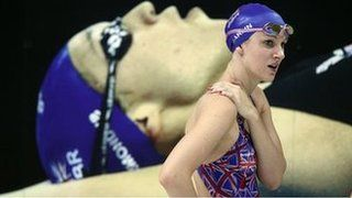 Jazz Carlin missed out on claiming Great Britain's first medal of the World Championships in Barcelona by only 14 one-hundredths of a second.