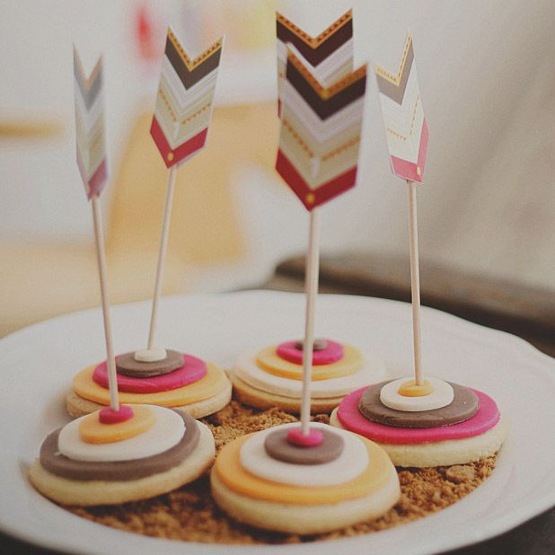 Biscuits pour un anniversaire d'indiens #mydoitbox #diy #deco #anniversaire #birthday #party #indien #farwest #cake #biscuits #goûter #flèches