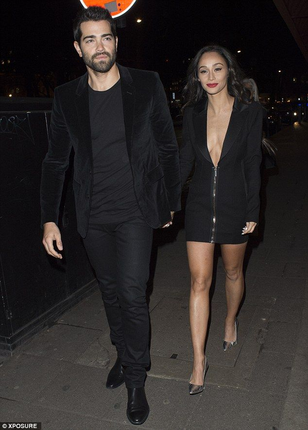 Date night: Hollywood couple Jesse Metcalfe and Cara Santana head out for dinner at Sexy F...