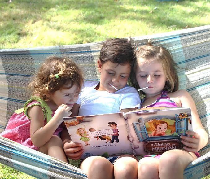 Leer cuentos infantiles en voz alta desarrolla las habilidades sociales y comunicativas de los bebés - Diario de Emprendedores