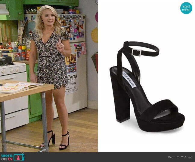 1969f4436580 Gabi s black sandals on Young and Hungry. Outfit Details  https   wornontv