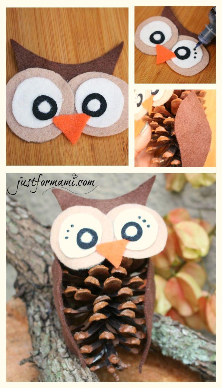 Búhos hechos de piñas de árbol de pino. Pueden usarse como decoraciones de otoño, día de acción de gracias o como una manualidad sencilla para hacer con los niños