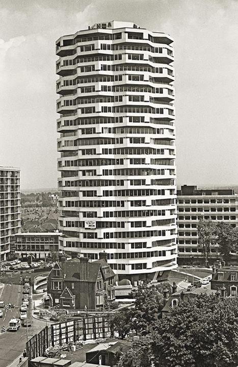 No. 1 Croydon (formerly the NLA Tower) in 1971 Architect: Richard Seifert & Partners