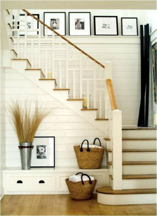 horizontal plank wall + built in bench at base of stairs + shelf