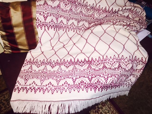 Finished this afghan for my niece Katie Davis who lives in south Texas. Most swedish weavers will recognize the Crystalline pattern from How to Make Monk's Cloth Afghans. On natural monk's cloth and using Red Hearts Berries multi and New Berry yarn. Will be in the mail to her first of next week.