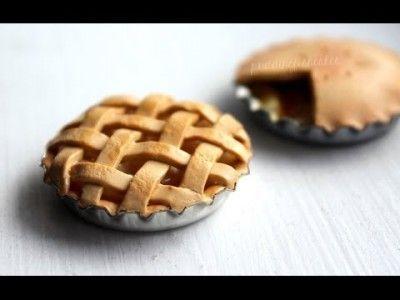 Gourmandise : tarte au pommes en fimo on aurait envie d'en manger !
