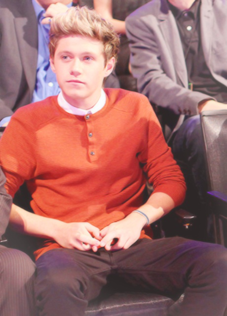 Fingers crossed.Boys Band, Direction Infection, Crosses Waitin, Niall Crosses, Niall Horan, Aw Nialler, Fingers Crosses, Onedirection, Vmas