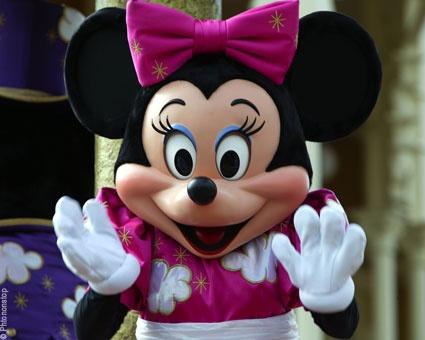 Minnie à Disneyland ParisCartes  http://lacarteriedeflavie.com/