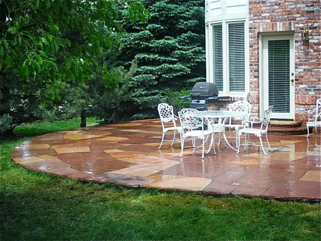 Backyard Stone Patio Pavers Ideas Flagstone Patio Installation With White Wicker Patio Furniture For Backyard Design