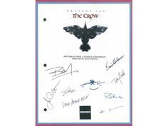 You are considering a color reproduction of the complete script for: THE CROW MOVIE SCRIPT REPRINT CAST SIGNATURE REPRINTS: BRANDON LEE, ERNIE HUDSON, MICHAEL WINCOTT, BAI LING, SOFIA SHINAS, DAVID PA