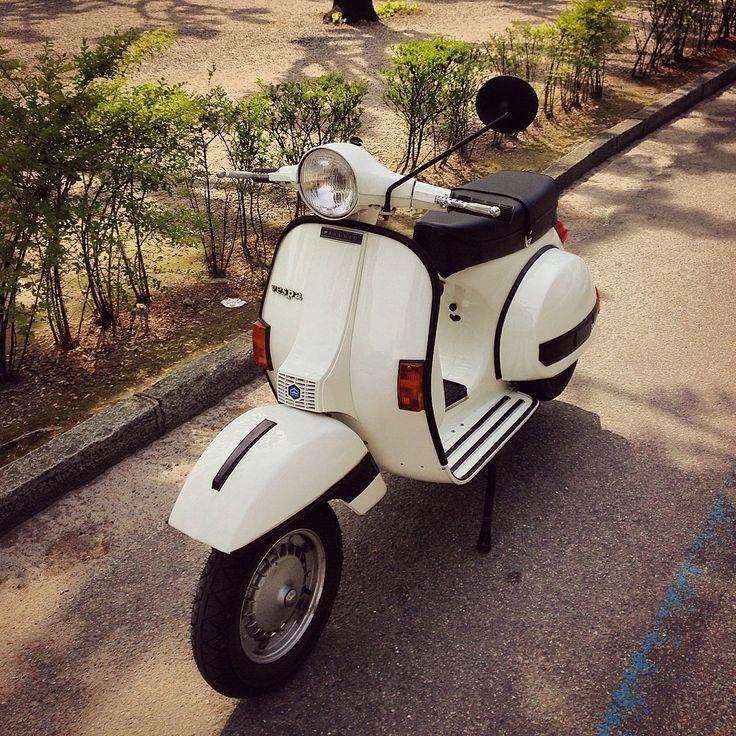Vespa PX 125 E 1982 colore biancospino