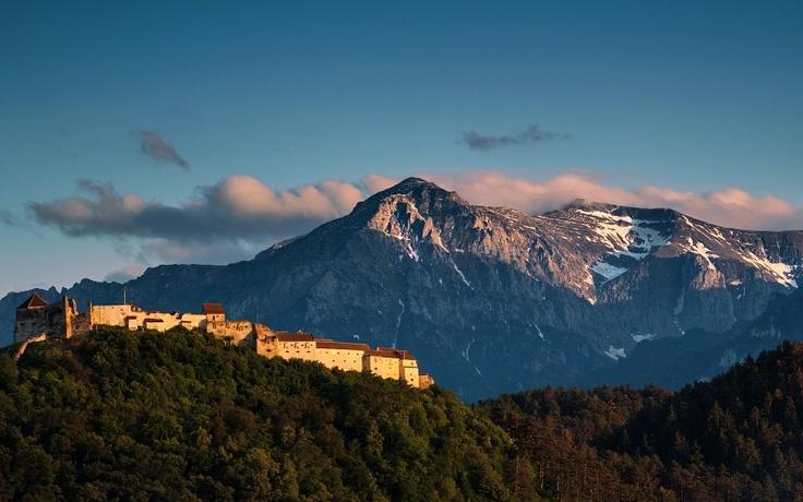 Rasnov Fortress, Brasov  Photo: George Soare