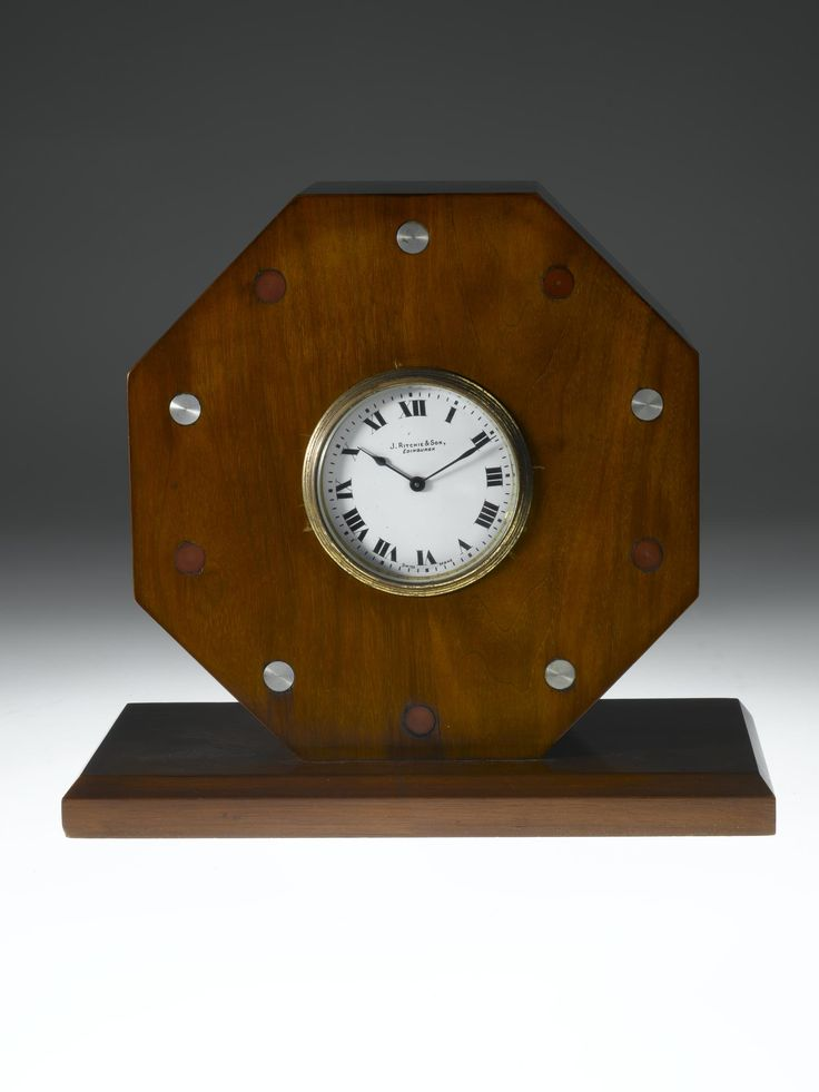Commemorative clock set in a propeller hub presented to Sergeant Major A. Hinton, made by J. Ritchie and Son, Edinburgh, 1918 - 1919