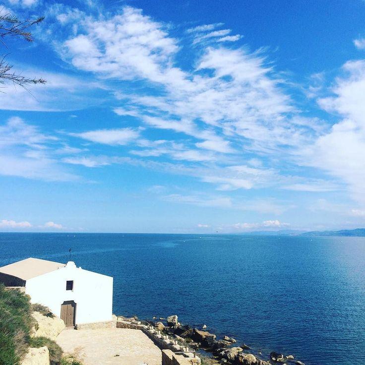 Saturday morning in #Sardinia 15 minutes from home fitness and relax discovering beauties. I love my land! #church #romanticlandscape #destinationweddingsardinia #saturday #italianweddings #luxuryweddings #weddingonthebeach #sardegna #balai #portotorres