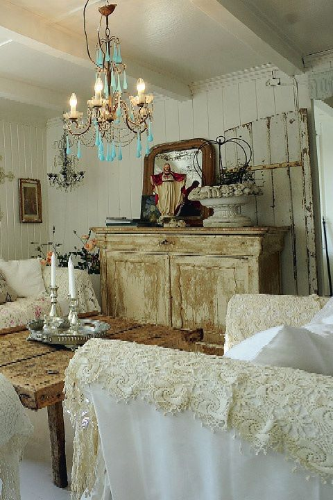 Shabby Chic Lounge Furniture: Shabby Chic, Romantic Country