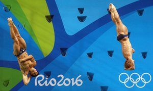 Chris Mears and Jack Laugher win gold in synchronised springboard diving