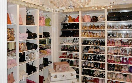 Real Housewives of Beverly Hills' Lisa Vanderpump's Closet!