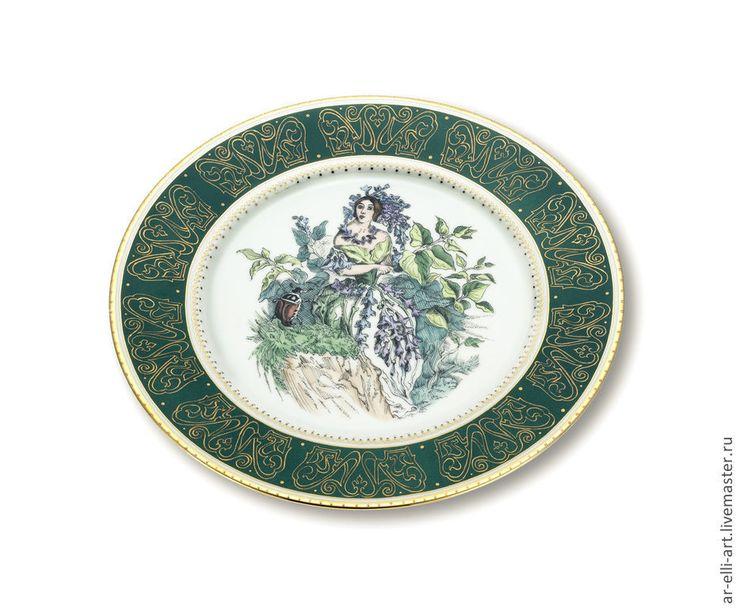 """Купить Фарфоровая декоративная тарелка """" Мисс Сирень"""" - тёмно-зелёный, фарфор, фарфоровая тарелка"""