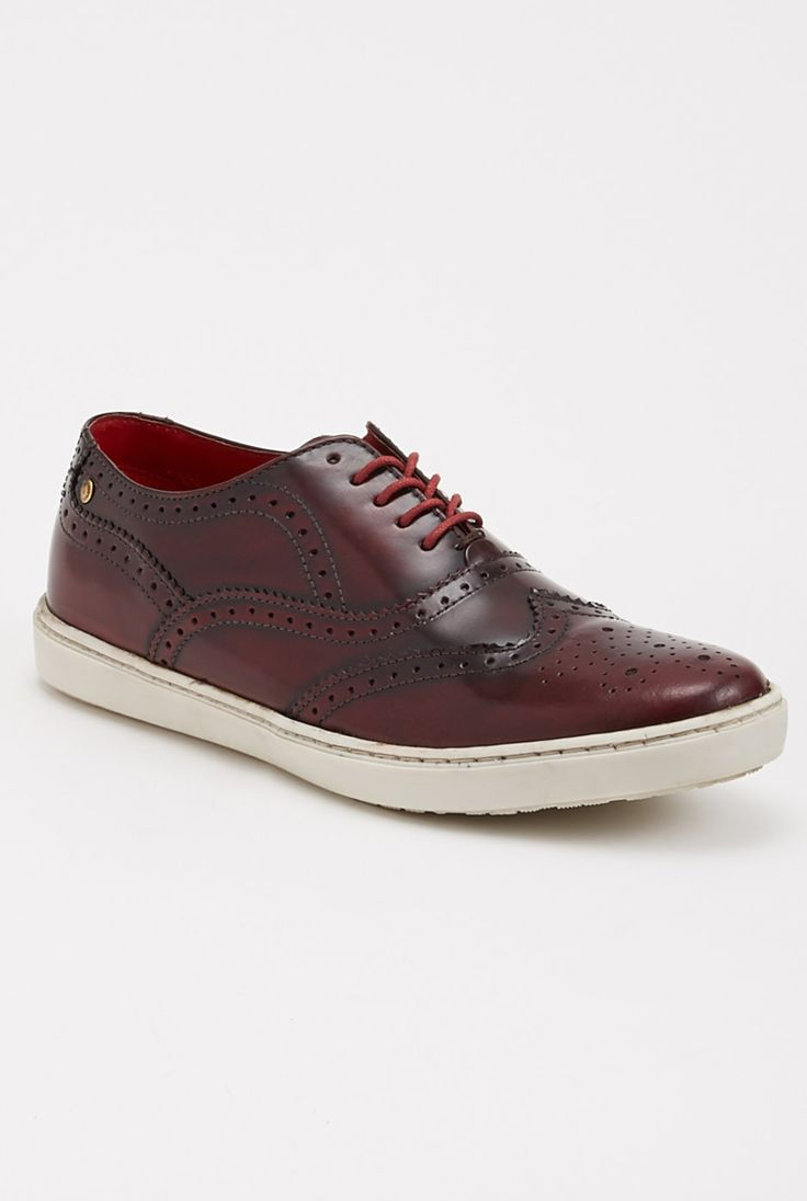 Aldaniti - Base London - Sneakers : JackThreads