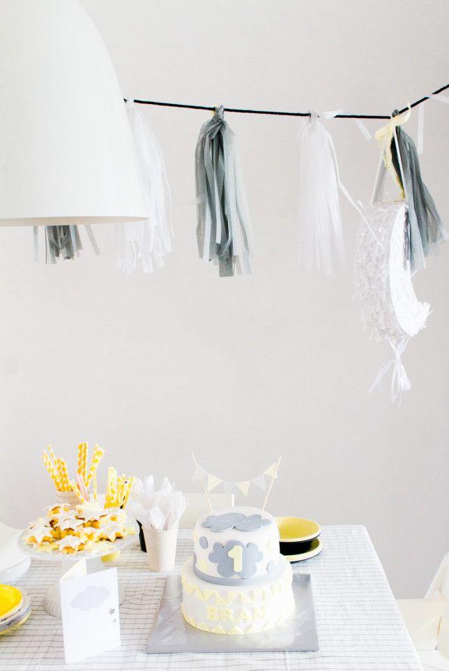 &SUUS  Kinderverjaardag Bram 1 Jaar   www.ensuus.nl   Cake Taart Birthday Grey Yellow  