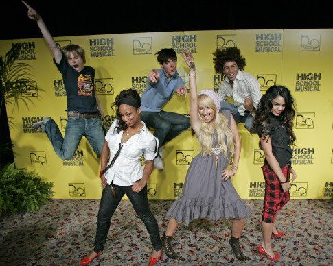 corbin bleu monique coleman ashley tisdale vanessa hudgens lucas grabeel and zac
