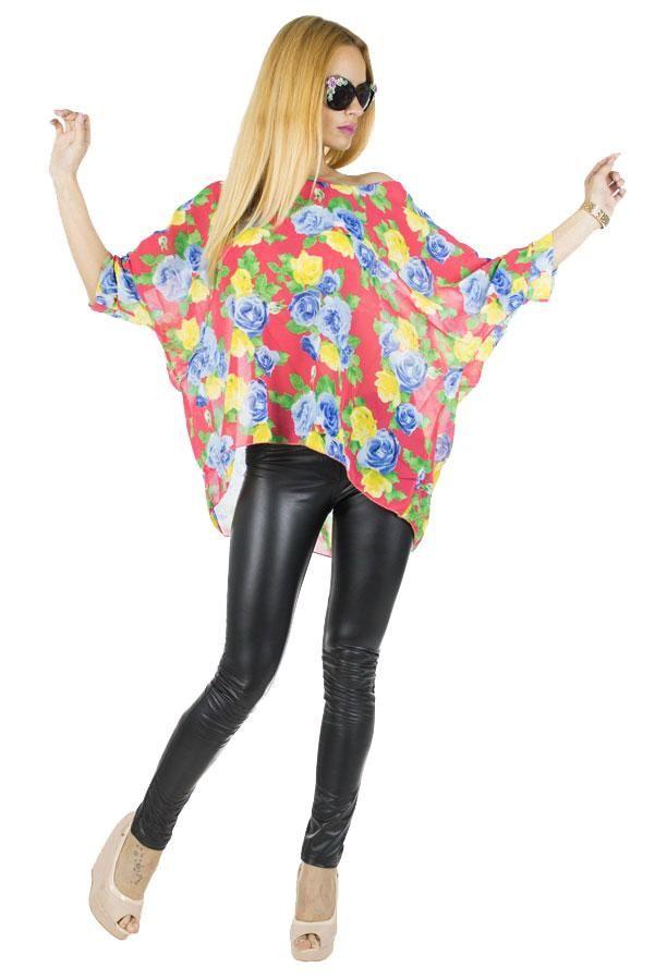 Bluza Dama Flowers  -Bluza dama casual  -Model usor, lejer ce poate fi purtat cu usurinta de mai multe tipuri de silueta  -Design modern cu imprimeu floral multicolor     Compozitie: 100%Poliester