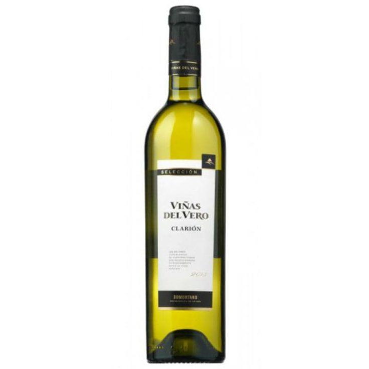 Viñas del Vero Clarión 2013 por sólo 16,52 € en nuestra tienda En Copa de Balón:    https://www.encopadebalon.com/es/somontano/1838-vinas-del-vero-clarion-2013    Viñas del Vero Clarión 2013 es un vino blanco de la Denominación de Origen Somontano y elaborado por Bodegas Viñas del Vero.  Bodegas Viñas de Vero es la primera bodega de la Denominación de Origen Somontano por su volumen y calidad de producción.